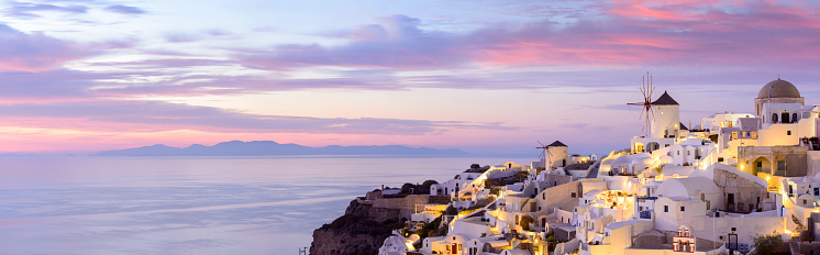 Santorini「Windmills in Oia Village on Santorini Island Greece」:スマホ壁紙(17)