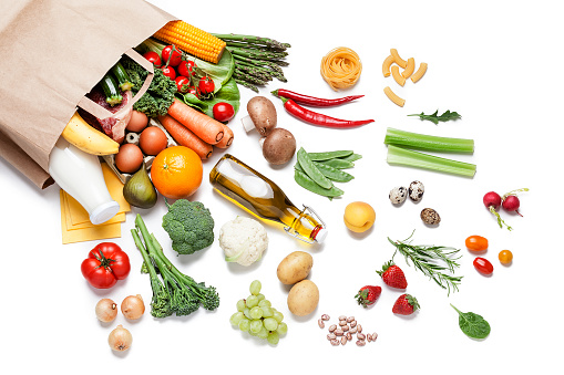 Vegetables「Paper bag full of different food on white background」:スマホ壁紙(18)