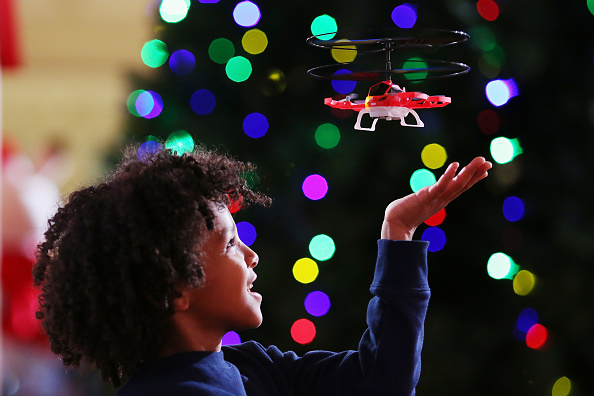Toy「The Top 'Must Have' Christmas Toys For 2017」:写真・画像(2)[壁紙.com]