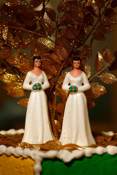 Lesbian「Califormia Prepares For Flood Of Gay Weddings」:写真・画像(5)[壁紙.com]