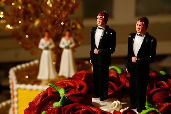 Bisexuality「Califormia Prepares For Flood Of Gay Weddings」:写真・画像(12)[壁紙.com]