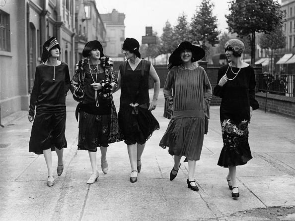 イブニングドレス「Twenties Glamour」:写真・画像(10)[壁紙.com]