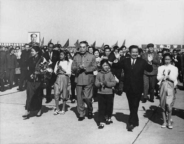 Wave「Zhou Enlai And Norodom Sihanouk」:写真・画像(15)[壁紙.com]