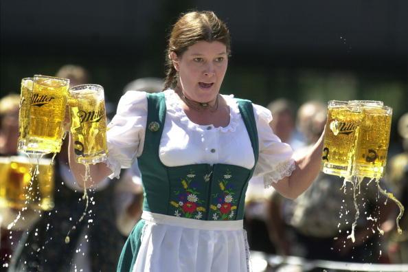 Beer Festival「Oktoberfest To Be Celebrated 」:写真・画像(3)[壁紙.com]