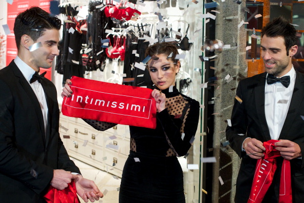 Carlos Alvarez「Blanca Suarez Presents 'Intimissimi' New Flagshio Store in Madrid」:写真・画像(17)[壁紙.com]