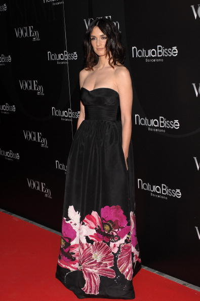 Maxi Length「Celebrities Attend Vogue Magazine 20th Anniversary Party」:写真・画像(3)[壁紙.com]
