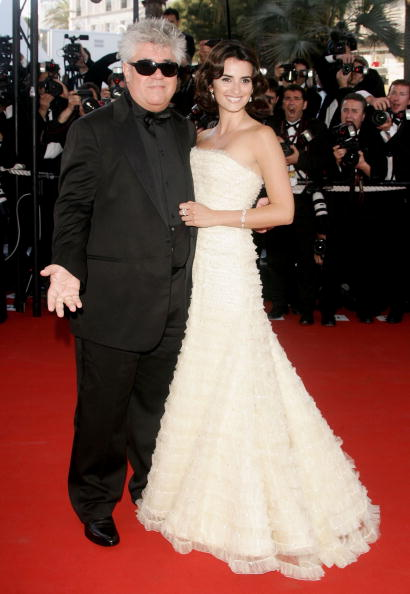 Cannes International Film Festival「Cannes - 'Volver' Premiere」:写真・画像(5)[壁紙.com]