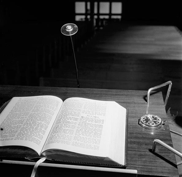 Bible「Holy Book」:写真・画像(12)[壁紙.com]