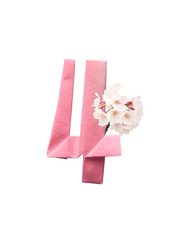 Paper Craft「Number 4 in origami and Cherry Blossom」:スマホ壁紙(1)