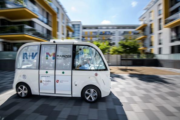 Economy「City Of Mainz Tests Electric Autonomous Bus」:写真・画像(17)[壁紙.com]