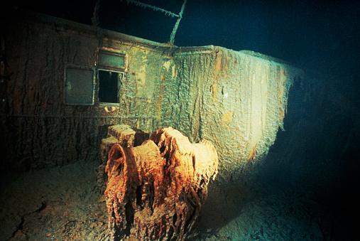 1990-1999「Section of Titanic」:スマホ壁紙(14)