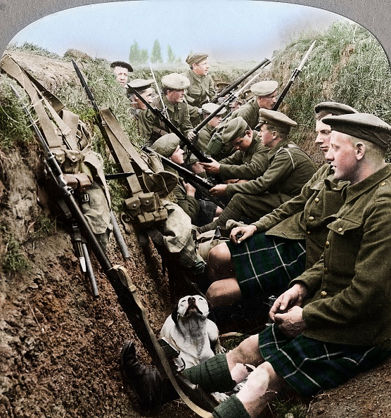 Infantry「A Section Of Seaforth Highlanders Snatching A Moments Respite」:写真・画像(19)[壁紙.com]