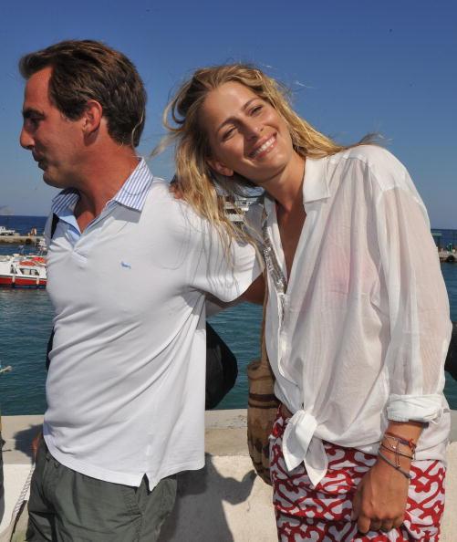 Spetses「Wedding Guests of Prince Nikolaos and Tatiana Blatnik Sighting in Greece」:写真・画像(7)[壁紙.com]