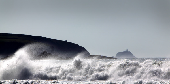 Gale「South Bishop Lighthouse and Storm from Whitesands Bay, Pembrokeshire, Wales」:スマホ壁紙(16)