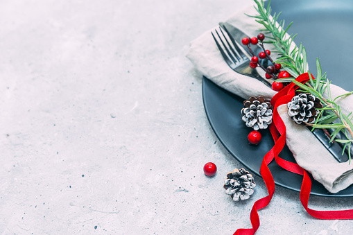 Pine Cone「Festive Christmas place setting and decorations」:スマホ壁紙(18)