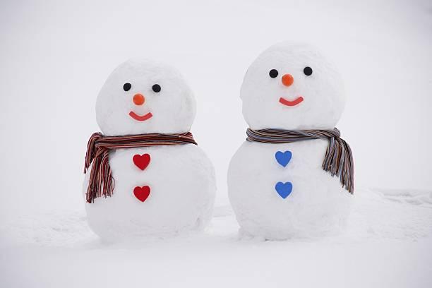 The couple of a snowman:スマホ壁紙(壁紙.com)