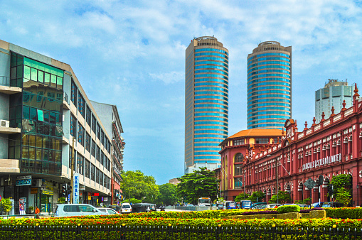 Sri Lanka「Old and new buildings in Fort of Colombo」:スマホ壁紙(3)