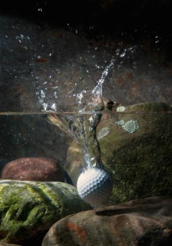 Water Hazard「Golf ball hits water hazard」:スマホ壁紙(11)