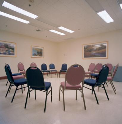 Meeting「Circle of chairs」:スマホ壁紙(11)