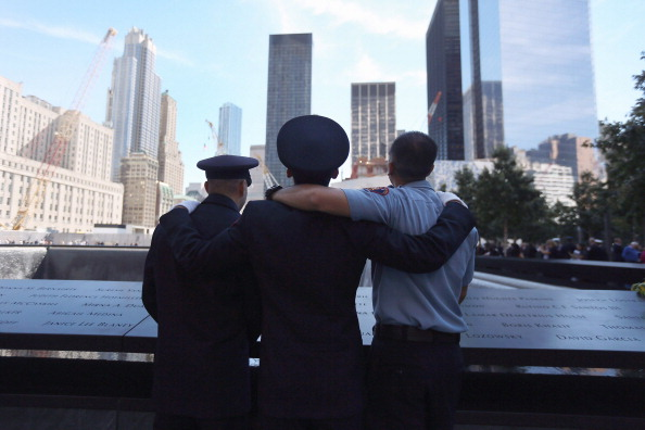 Memorial Event「Memorial Held At World Trade Center Site On 11th Anniversary Of Sept. 11 Attacks」:写真・画像(11)[壁紙.com]