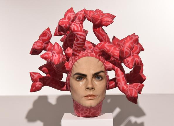 Stuart C「Unveiling Of Aspencrow's Cara Delevingne Sculpture 'Olympe' - Photocall」:写真・画像(7)[壁紙.com]