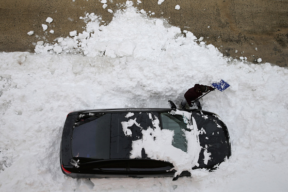 2016 Winter Storm Jonas「Washington, D.C. Area Continues To Dig Out From Historic Snow Storm」:写真・画像(15)[壁紙.com]