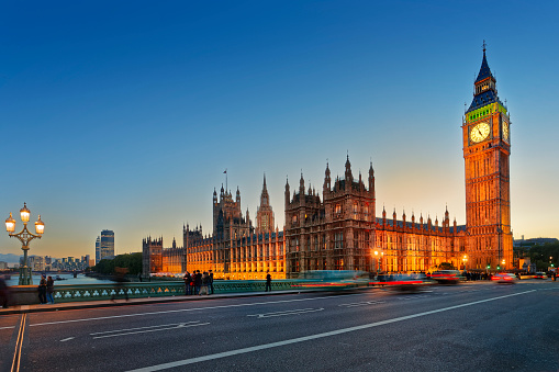 Brexit「Palace of Westminster in London seen from Westminster Bridge at twilight.」:スマホ壁紙(12)