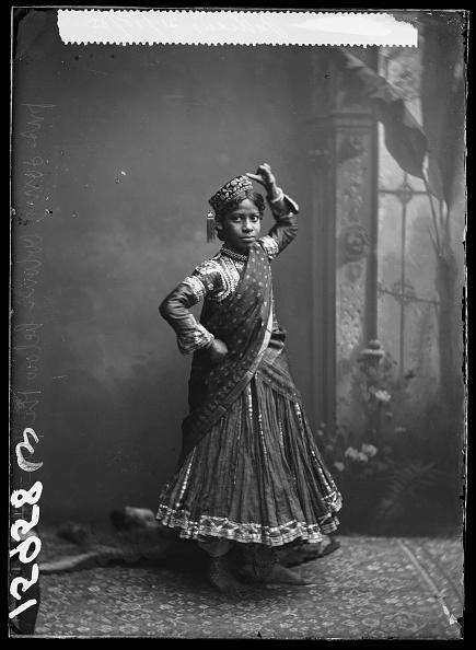 Indian Subcontinent Ethnicity「Nautch Girl」:写真・画像(3)[壁紙.com]
