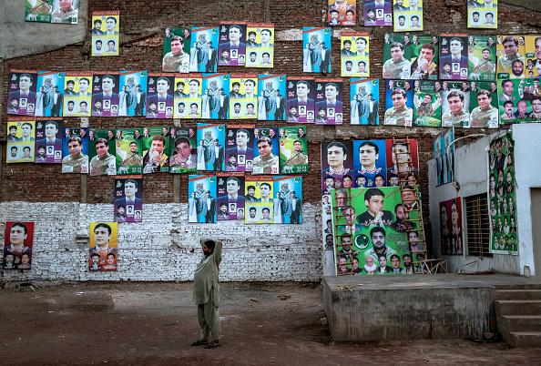 Pakistan「Pakistanis Vote In General Election」:写真・画像(1)[壁紙.com]