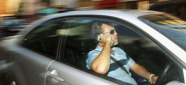 Drivers To Face Mobile Phone Ban In England:ニュース(壁紙.com)