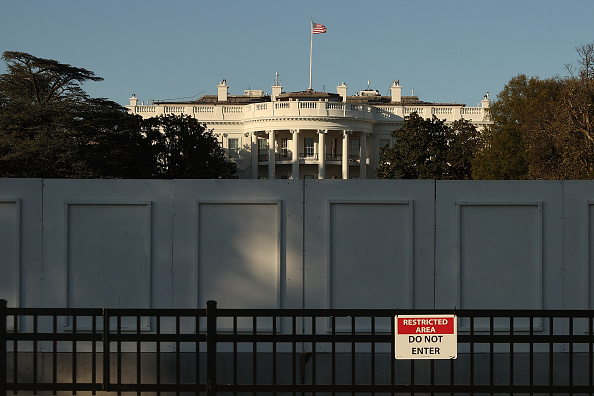White House - Washington DC「Washington, DC Prepares For Election Day」:写真・画像(18)[壁紙.com]
