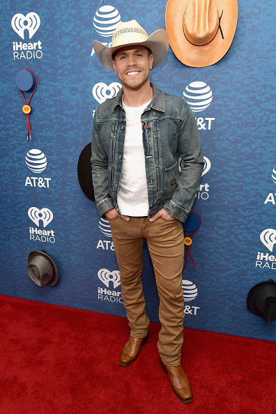 Fully Unbuttoned「2018 iHeartCountry Festival By AT&T - Red Carpet」:写真・画像(18)[壁紙.com]