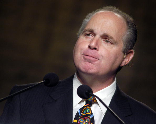 Philadelphia Eagles「Rush Limbaugh Speaks at the National Association of Broadcasters in Philadelphia Amidst Controversy」:写真・画像(14)[壁紙.com]