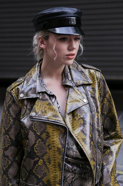 Achim Aaron Harding「Street Style - New York Fashion Week September 2018 - Day 7」:写真・画像(5)[壁紙.com]