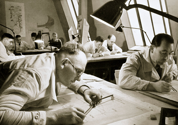 Text「A Drawing Office Scene Where New Plans For Fresh Works Are Drawn Up Germany 1936」:写真・画像(11)[壁紙.com]