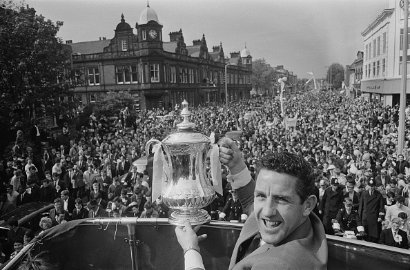 Double-Decker Bus「1967 FA Cup Final」:写真・画像(12)[壁紙.com]