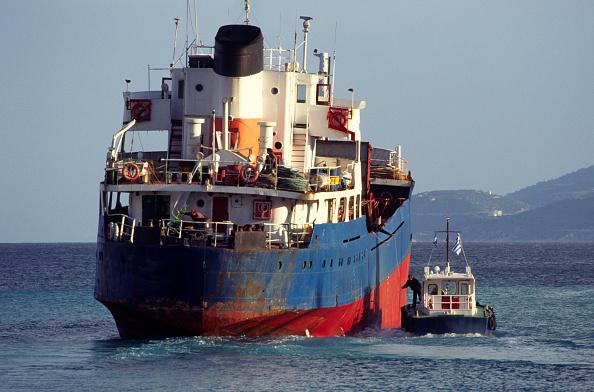 オーナー「Greek Merchant ship leaving Corinth (Korinthos Canal), Greece」:写真・画像(7)[壁紙.com]