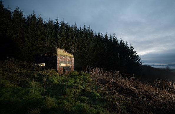 County Donegal「Border Ghosts: Relics Of The Irish Divide」:写真・画像(8)[壁紙.com]
