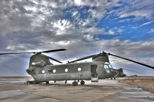 CH-47 Chinook「High dynamic range image of a CH-47 Chinook helicopter.」:スマホ壁紙(11)