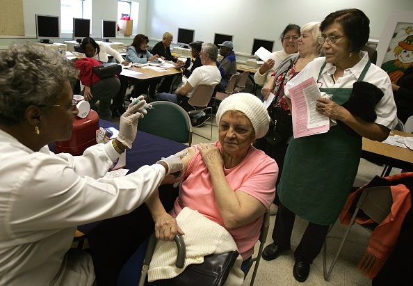 季節「Chicago Begins Giving Out Annual Flu Shots」:写真・画像(1)[壁紙.com]