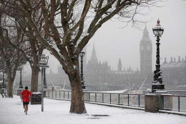 雪「UK Hit By Heavy Snow Fall」:写真・画像(9)[壁紙.com]