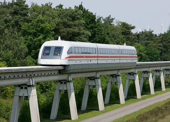 Magnet「Transrapid Certified for Automatic Operation in Germany」:写真・画像(7)[壁紙.com]