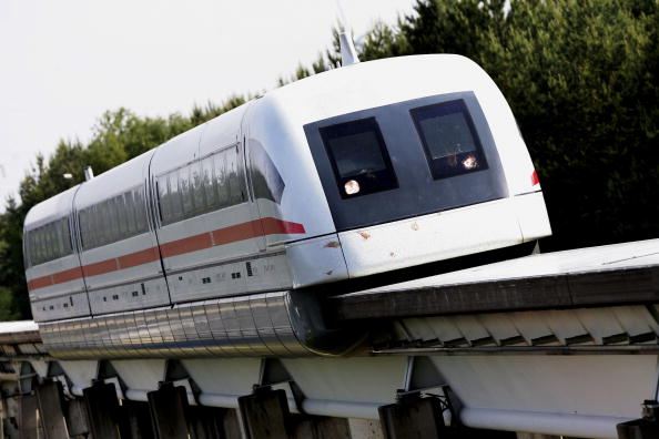 Magnet「Transrapid Certified for Automatic Operation in Germany」:写真・画像(9)[壁紙.com]
