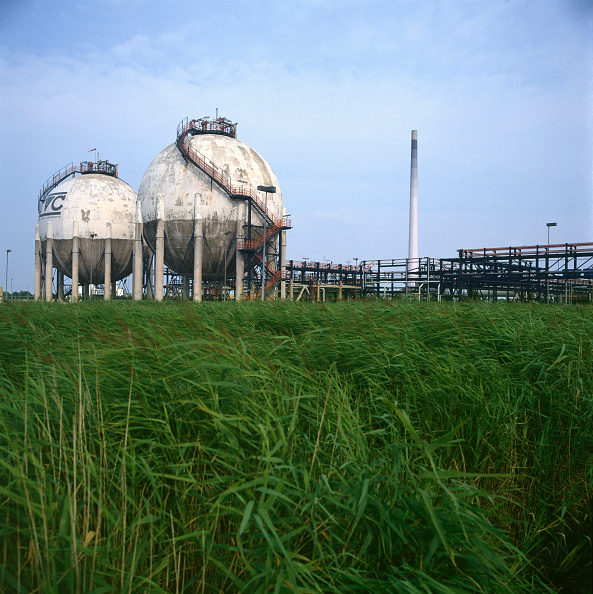 Sphere「Storage tanks, North Germany.」:写真・画像(17)[壁紙.com]