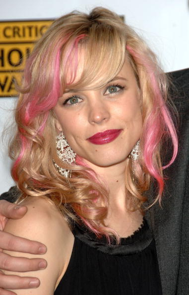 Pink Hair「12th Annual Critics' Choice Awards - Arrivals」:写真・画像(15)[壁紙.com]