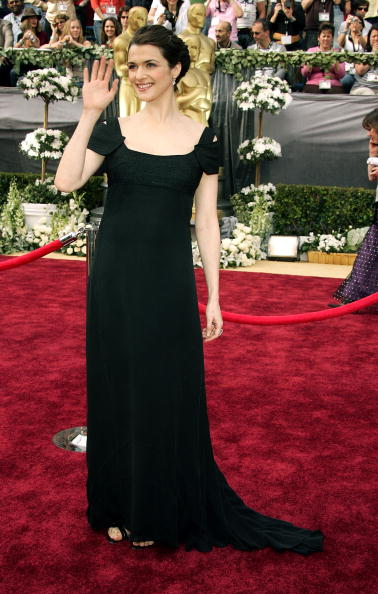 Strap「78th Annual Academy Awards - Arrivals」:写真・画像(18)[壁紙.com]
