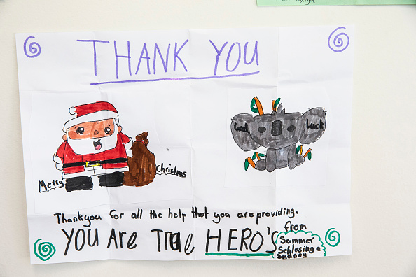 Thank You - Phrase「Thank You Cards Left For Firefighters At RFS Headquarters As State Of Emergency Is Declared In NSW」:写真・画像(9)[壁紙.com]