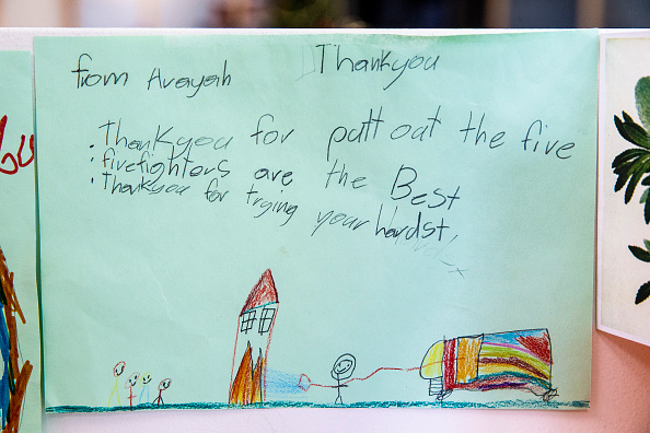 Thank You - Phrase「Thank You Cards Left For Firefighters At RFS Headquarters As State Of Emergency Is Declared In NSW」:写真・画像(10)[壁紙.com]