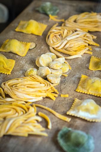 Parma - Italy「Italian fresh pasta and tortellini ravioli」:スマホ壁紙(12)