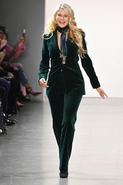 ニューヨークファッションウィーク「Elie Tahari - Runway - February 2019 - New York Fashion Week: The Shows」:写真・画像(12)[壁紙.com]